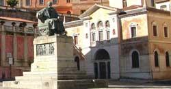 L'Atene della Calabria: tragica situazione Biblioteca civica di Cosenza
