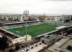 Serie B: questa sera il derby Crotone-Reggina