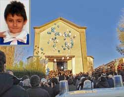 San Marco Argentano: bimbo di 8 anni muore mentre era a scuola, ieri i funerali
