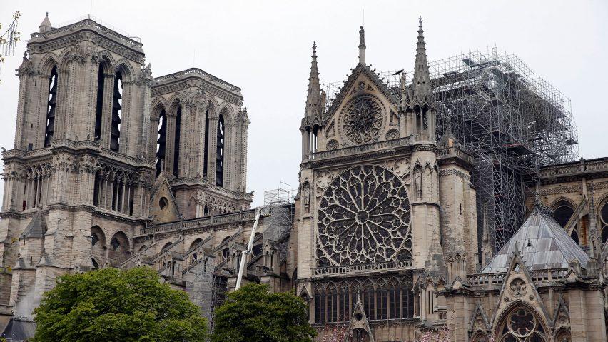 Taverna avvia una raccolta fondi per Notre-Dame