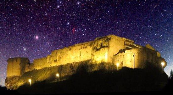 Il Festival delle Candele illumina il Castello di Cosenza