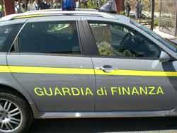 auto guardia finanza