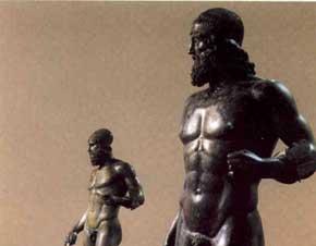 Reggio: i Bronzi di Riace finalmente a casa, rientrati nella notte al Museo Nazionale della Magna Graecia