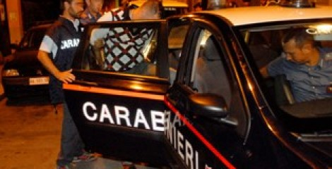 Carolei: arrestato 36enne accusato insieme alla suocera di detenzione e spaccio di droga