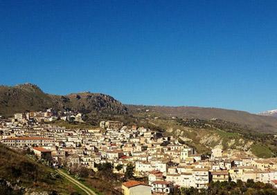 Cassano: consegnato al Comune l'attestato per la partecipazione al programma ''Borghi d'Italia''
