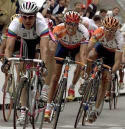 Domani la partenza del Giro di Reggio