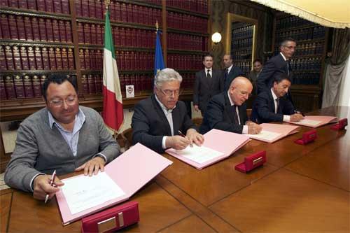 Cosenza: energia sostenibile, firmata convenzione tra Provincia e comuni di Rende, Panettieri eCalopezzati