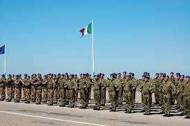 Calabria: Esercito, bando di concorso per 41 laureati in Ingegneria e Medicina