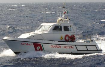 Villapiana: 2 diportisti campani salvati dalla guardia costiera