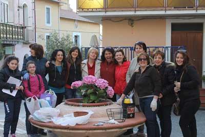 Abbellire un luogo: Guerilla Gardening a Pentone