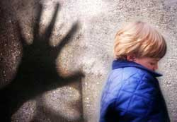 Reggio: giovane arrestato per pedofilia