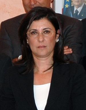 Isola Capo Rizzuto: blitz al clan Arena, tra gli arresti l'ex sindaco Carolina Girasole